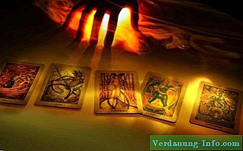 Carte de tarot inversée Sept des baguettes