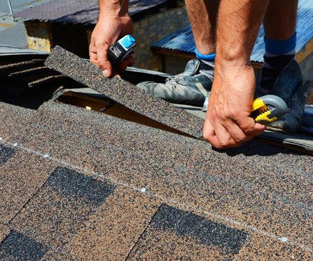 3 choses que chaque couvreur de Saint Quentin-Fallavier regarde lors d'une inspection de toiture